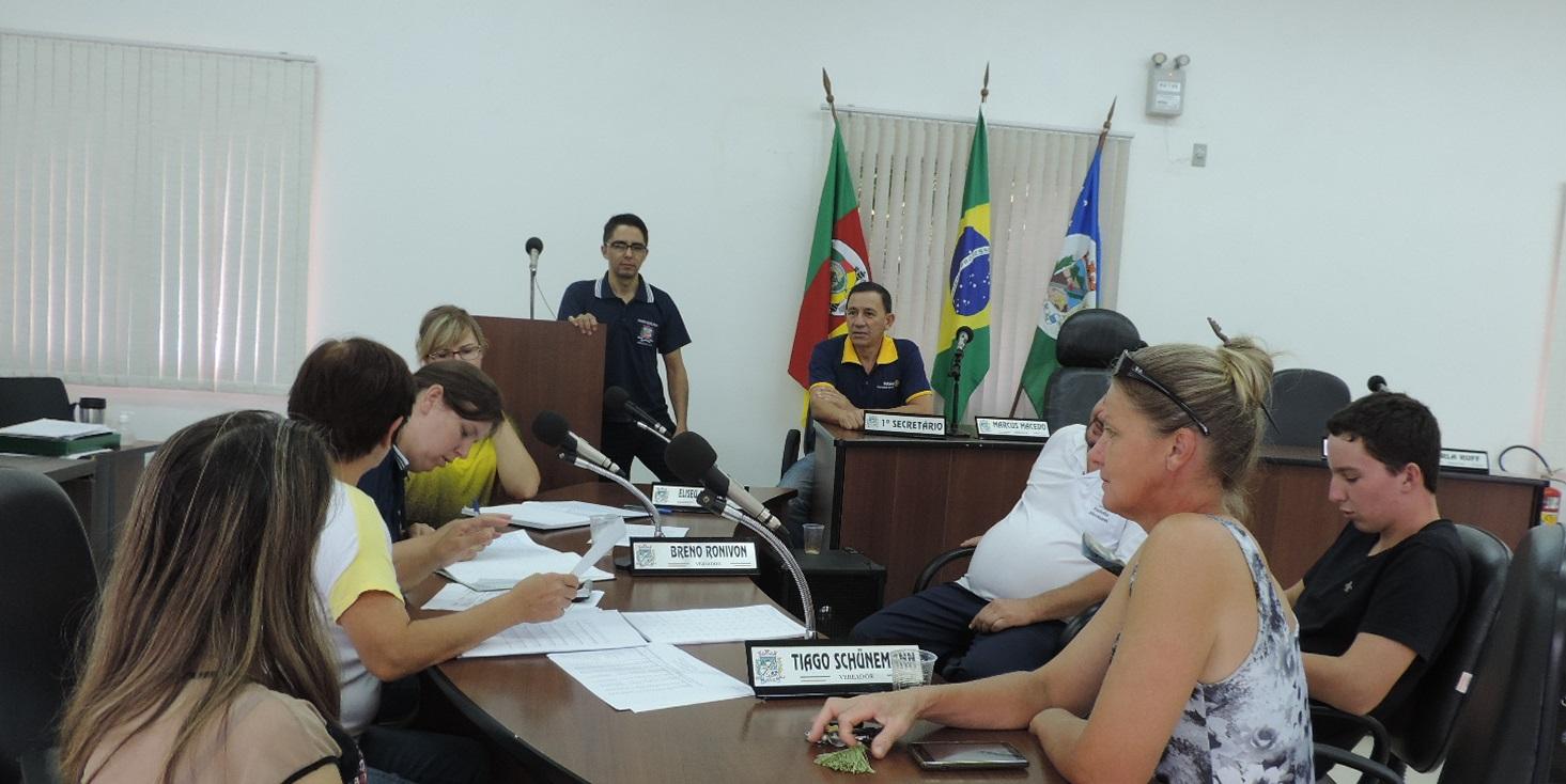 Audiência Pública para apresentação do Relatório de avaliação das Metas fiscais do último quadrimestre de 2014