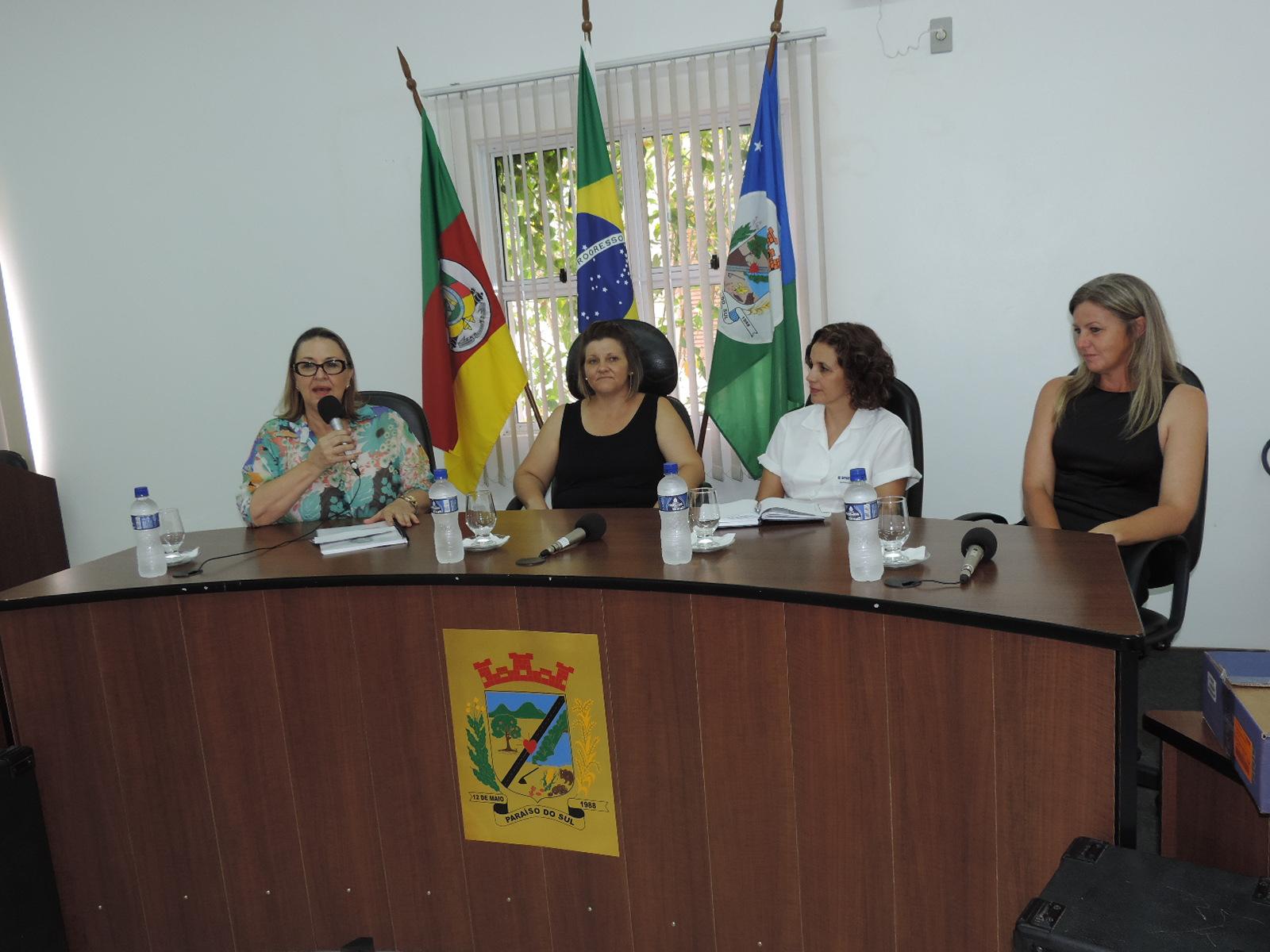 """Palestra em Homenagem a """"Semana Municipal da Mulher"""""""